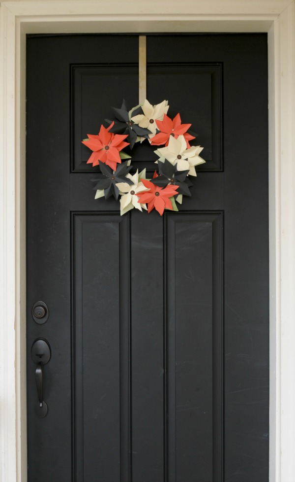 Mission: Merry 2012, The Proper Pinwheel, Holiday DIY, Paper Crafts, DIY wreath, Paper Poinsettia Wreath