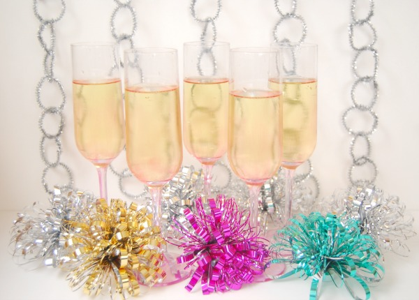 DIY, Mission: Merry 2012, Ombre Champagne Flutes, Tinted Glass Flutes, Painted Glass, New Year's Eve DIY