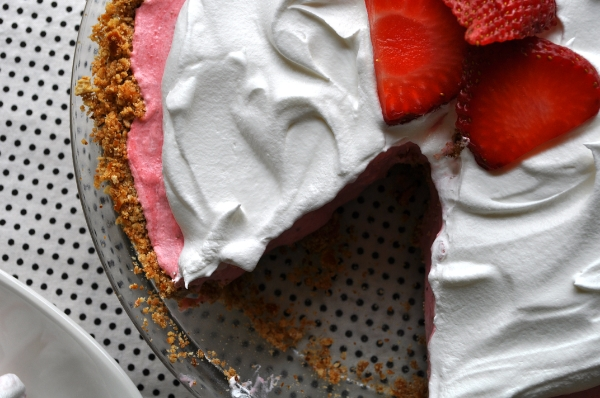 Pretzel Strawberry Icebox Pie by Lizzy Pancakes