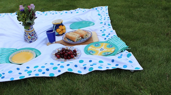 DIY Picnic Blanket By The Art Of Awkward