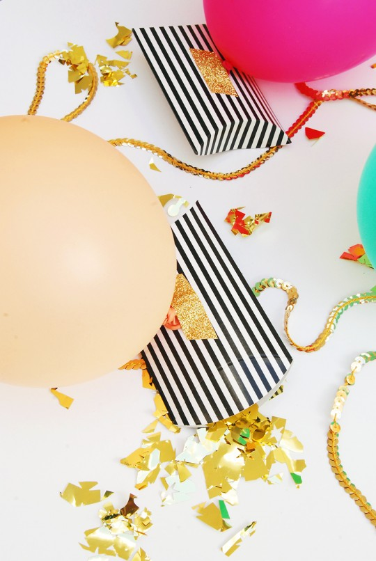 Confetti Balloon Favor Envelopes