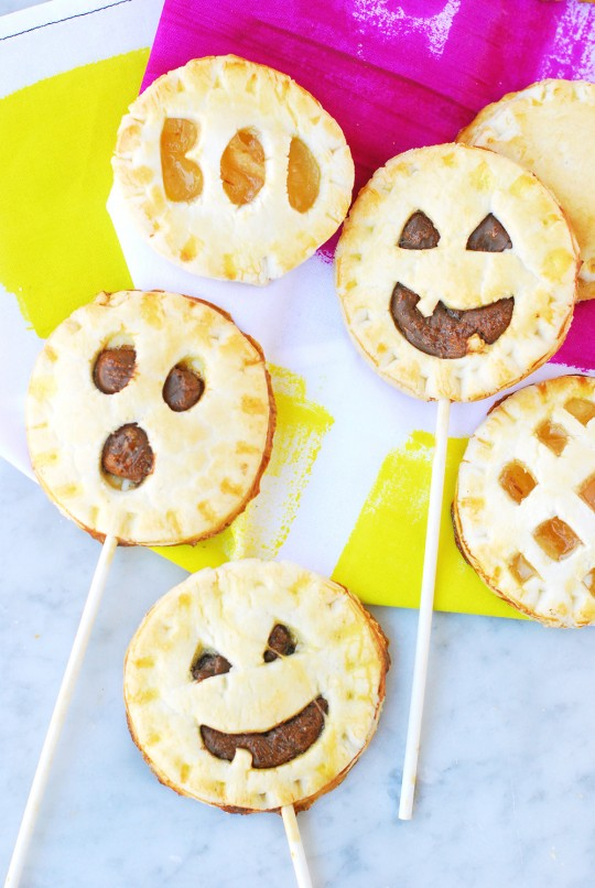 Spooky Pie Pops