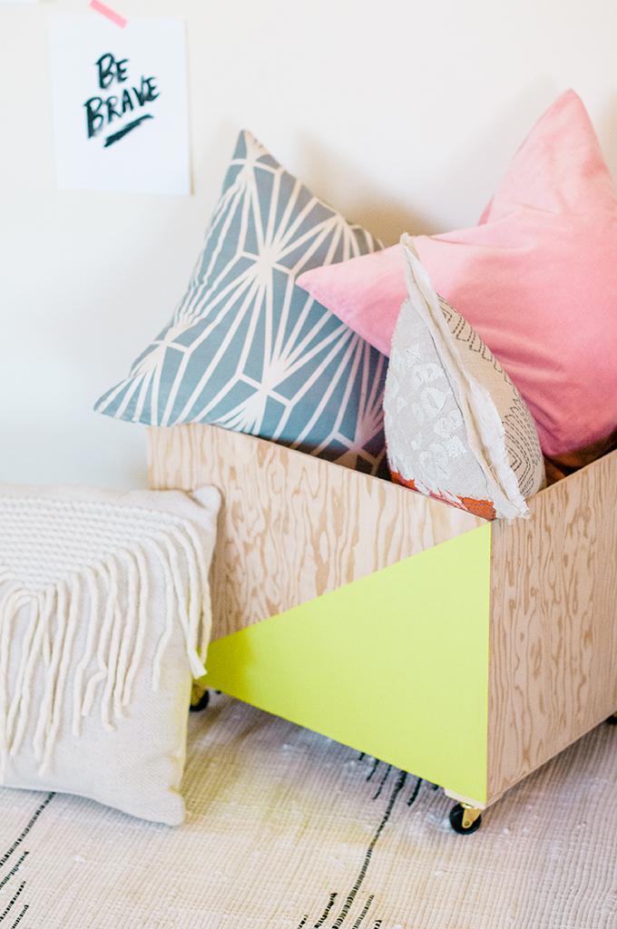 Minimalist Wood Storage Bin