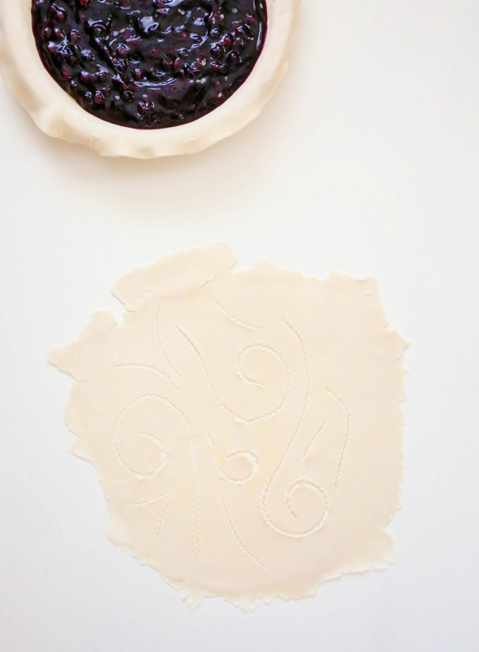 Whimsical Pie Crust Design