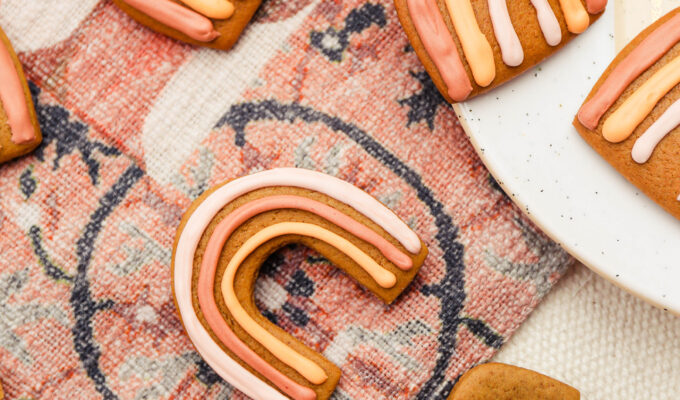 Taste It \\ Boho Rainbow Gingerbread Cookies For Your Holiday Cookie Swap